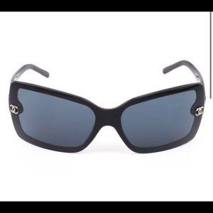 Chanel 5065 rectangle women's black sunglasses